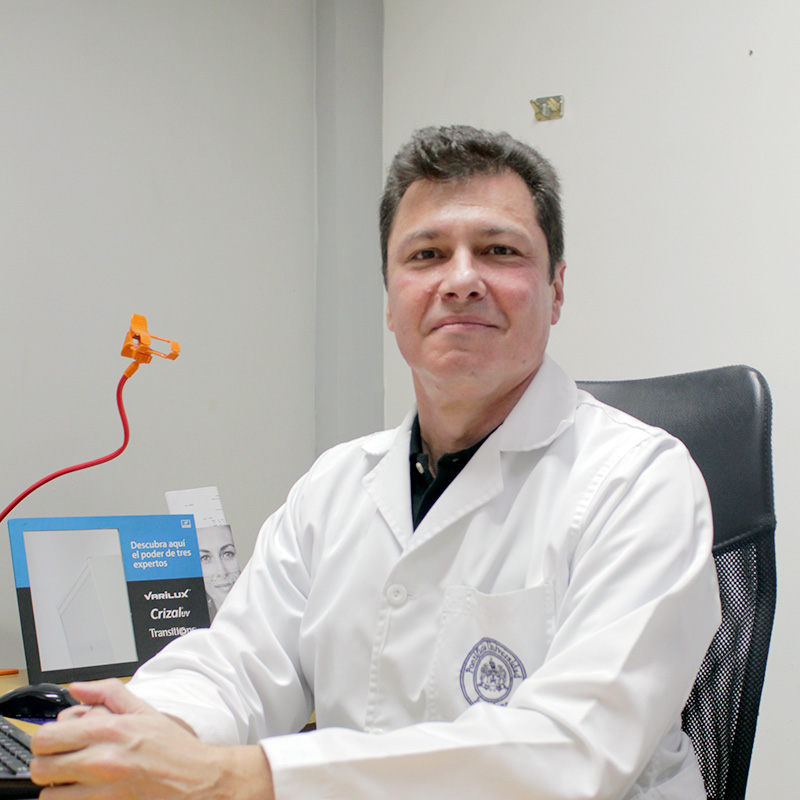 dr.-juan-carlos-superlano